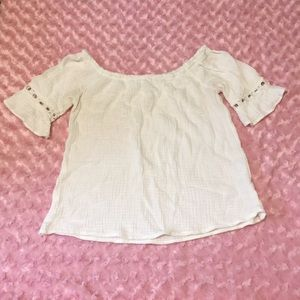 White cotton of the shoulder peasant boho top